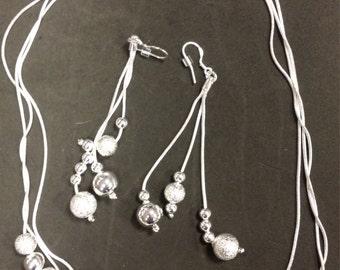 silver circle designs set