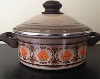 Vintage Enamel Pot, 1970s Floral-Design Cookware
