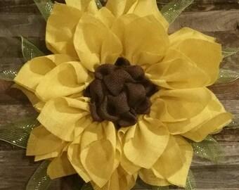 Beautiful burlap sunflower wreath with deco mesh leaves! 26inches! Spring wreath, Summer wreath, Fall wreath, girls decor!