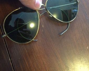 Awesome Vintage Aviator Sunglasses - Green Lenses