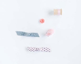 Baby Barrettes Bow Leather Bow Crocodile Hair Clips Hand Drawn Hearts Pink & Grey w/ White Polka Dots Knotted, Baby Bows, Hair Accesories