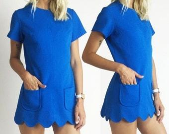 1960's Vintage Go Go Scalloped Hem Mini Dress