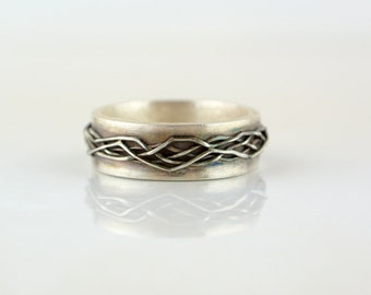 Thorn Ring / Fine Silver Ring / Handmade unique gift / Art jewelry