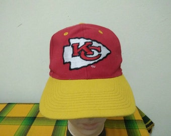 Rare Vintage KANSAS CITY CHIEFS Cap Hat Free size fit all