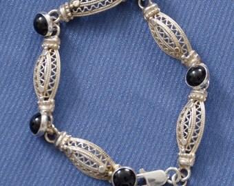 Bracelet, designers, marked C.F. 925 vintage with black Onyx stones