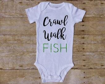 Crawl Walk Fish, Fishing baby, Fishing Outfit, Boy bodysuit Baby Outfit Baby Newborn Outfit, Outdoor baby, Baby Shower, Fish Butt