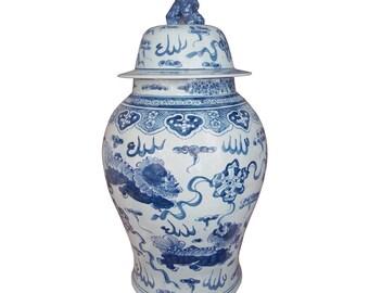 blue and white handmade porcelain ginger jar crouching foo dogs - Ginger Jars