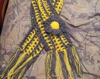 Yellow mellow scarf