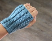 hand knit fingerless gloves || knitted fingerless mittens || ribbed gloves || gift for unisex || knitted wirst warmers  -dusty blue