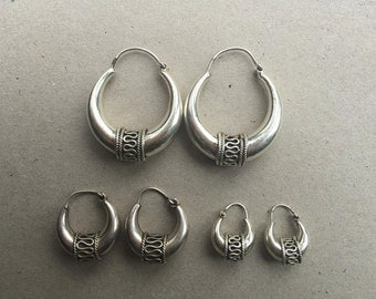 vintage silver earrings Bali style