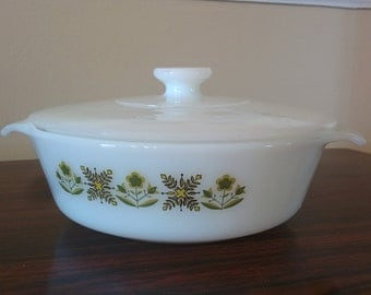 vintage Fire King 1 quart casserole with lid green meadow Anchor Hocking