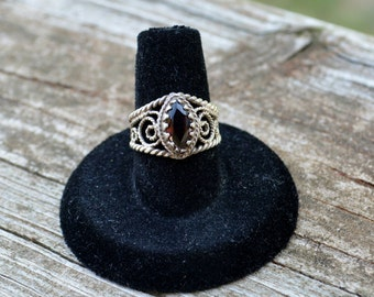 Antique Sterling Silver 925 Garnet Solitaire Ring - Size 6.25 - Birthstone//Stone of health//Arizona Ruby//Gift for Her//Re-sizable