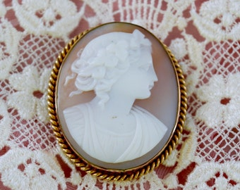 Antique Shell Cameo,  1800's victorian Cameo, Lovely Roman Woman,