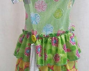 Bright and cheery ruffled apron