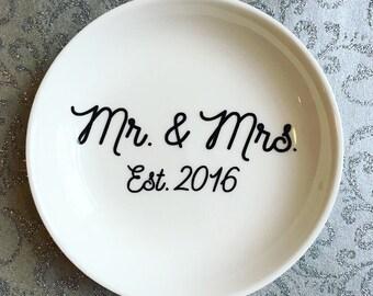 Jewelry Dish- Jewlery Holder- Ring Dish- Mr. and Mrs. Date