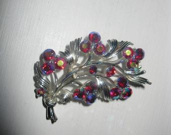 vintage multi faceted stone brooch