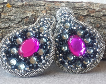 Earrings with cabochon, stones and metal tubolar