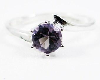 Alexandrite Bypass Solitaire Ring, 925 Sterling Silver, Purple Alexandrite Ring, June Birthstone Ring, Lab Alexandrite Gemstone Ring