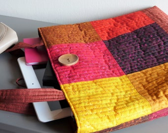 Quilted handbag, warm colours