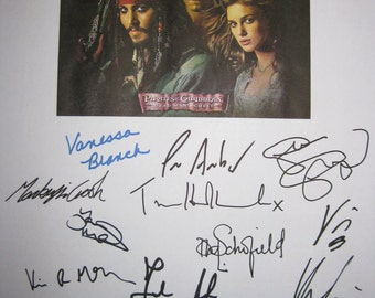 Pirates of the Caribbean 2 Signed Film Movie Screenplay Script Autographs X17 Johnny Depp Keira Knightley Orlando Bloom Geoffrey Rush Nighy