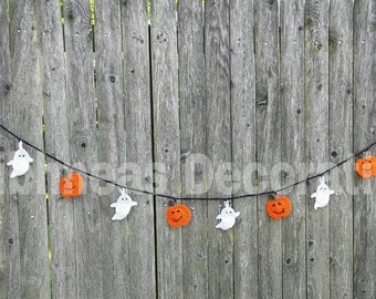 Hand Crocheted Pumpkin and Ghost Bunting