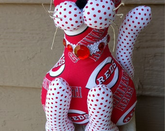 Cincinnati Reds baseball cat