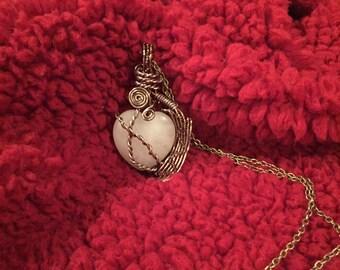Heart shaped rose quartz pendant