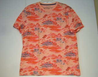 Vintage Tommy Hilfiger, American Classic, Ladies T Shirt, Marked Size L, Looks Like New, Vintage Looking Print, Good Clean Condition
