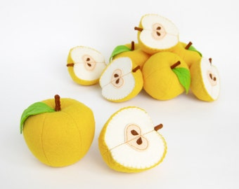 Felt Food Apple Eco friendly children's Felt play food kids toy kitchen Pretend play Gift for baby Waldorf toy for toddler Fruits set