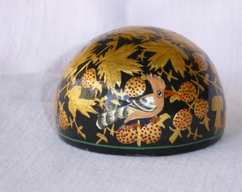 Vintage Black lacquer and gold leafed Papier Mache Paperweight, with painted Birds. Kashmir, India.
