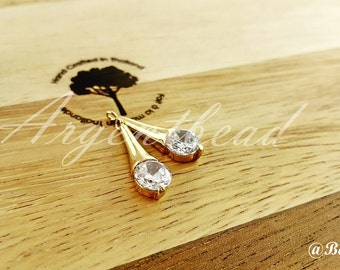 1pcs of 22x7mm Matte gold plated bridal triangle funnel charms gems AG000153