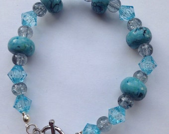 Light blue Beaded Bracelet with toggle clasp