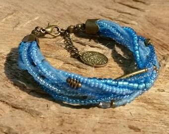 Tohoperlen bracelet in light blue