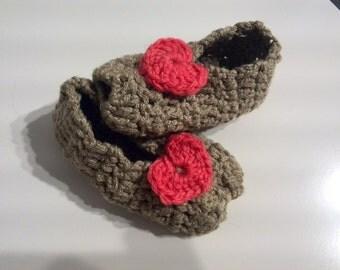 Summer booties crochet with hearts