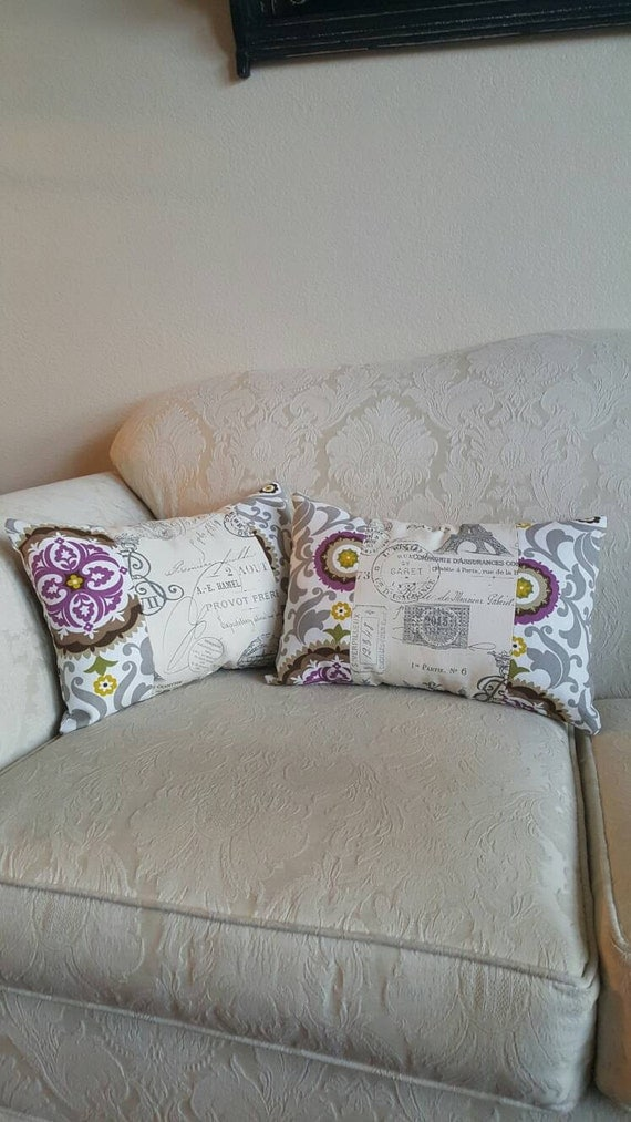 Throw Pillows With Matching Rug : 2 matching decorative pillows Cottage chic by CloudBerryTrails