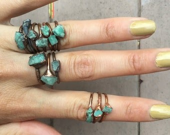 Raw Emerald Stacking Ring | Rough Emerald Ring | May Birthstone Ring | Electroformed Emerald Midi Ring | Natural Emerald Ring