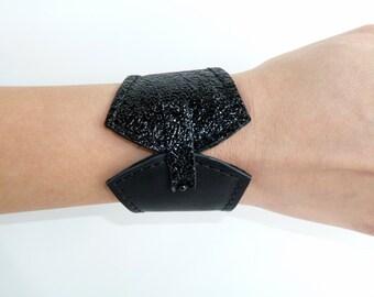 leather bracelet- leather cuff- black leather cuff