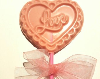 Love lolly in strawberry chocolate
