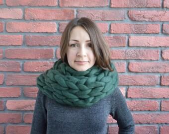 Chunky merino wool scarf