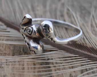 Vintage 925 Silver Ring - Unusual Ring - Minimalist Jewellery - Organic Form