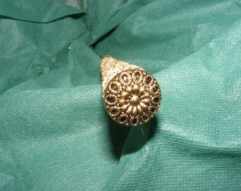 Topped by myself on an old basis; Hat pin hatpin/color gold