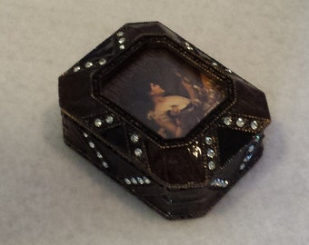 Vintage Parfumerie Trinket Box adorned with Crystals and Photo Frame