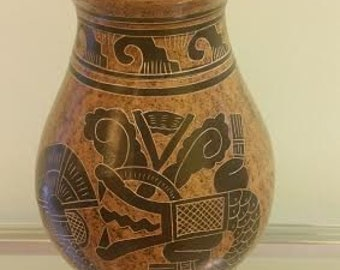Light Brown Fethered Snake Vase