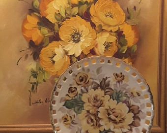 Yellow Roses, Yellow Roses , Stunning Porcelain Scalloped Lacey Yellow Rose Collector Decorative Plate T1144