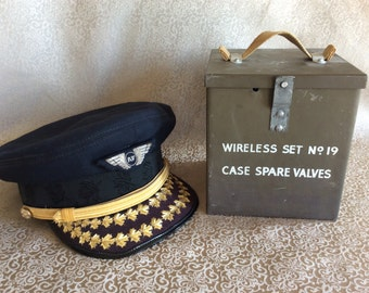 Vintage Military box wireless set no 19 metal case spare valves