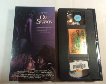 OUT OF SEASON - Cliff Roberston Vanessa Redgrave Vhs 1987  90 Mins R