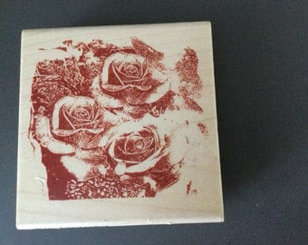 Wood mounted rubber stamp