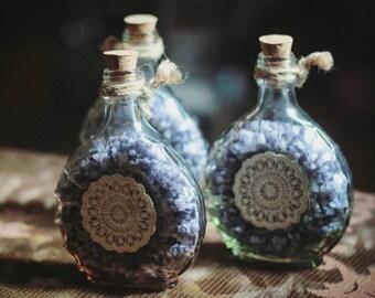 Lavendel Duftflaschen mit Steinen