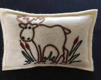 Moose Maine Balsam Pine Pillow
