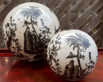Set of 2 Victorian Carpet Balls